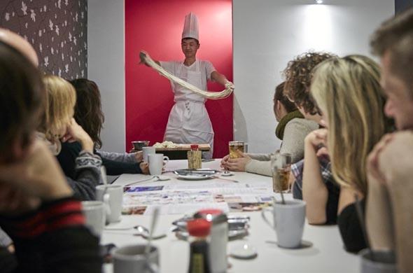 Kulinarische Weltreise für geschlossene Gruppen ( K - DÜ - B)